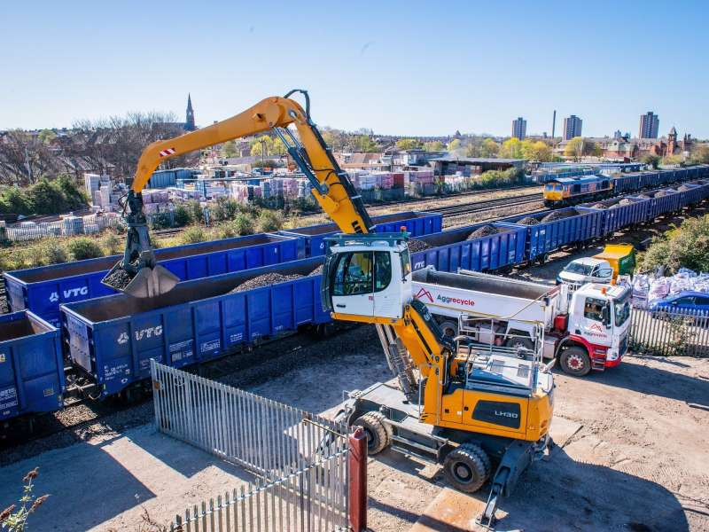 Aggrecycle will bring in construction and demolition waste by rail