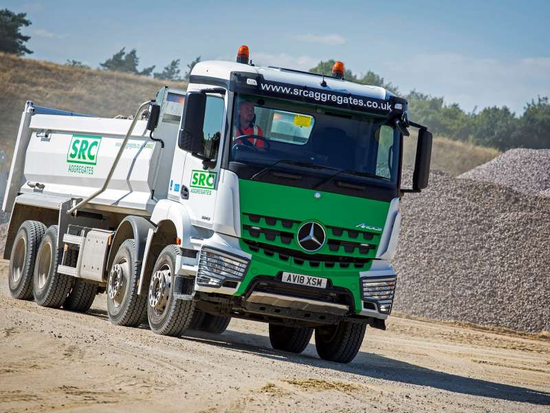 Mercedes-Benz Arcos tipper