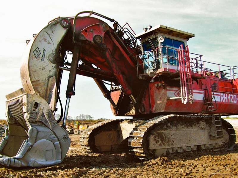 O&K RH120C face shovel