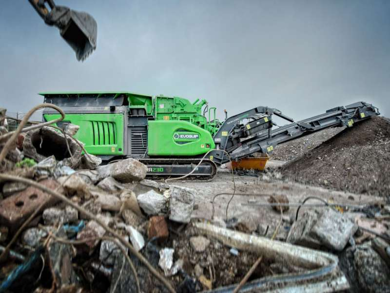 Cobra 230 impact crusher