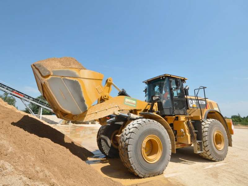 Caterpillar 972M wheel loader