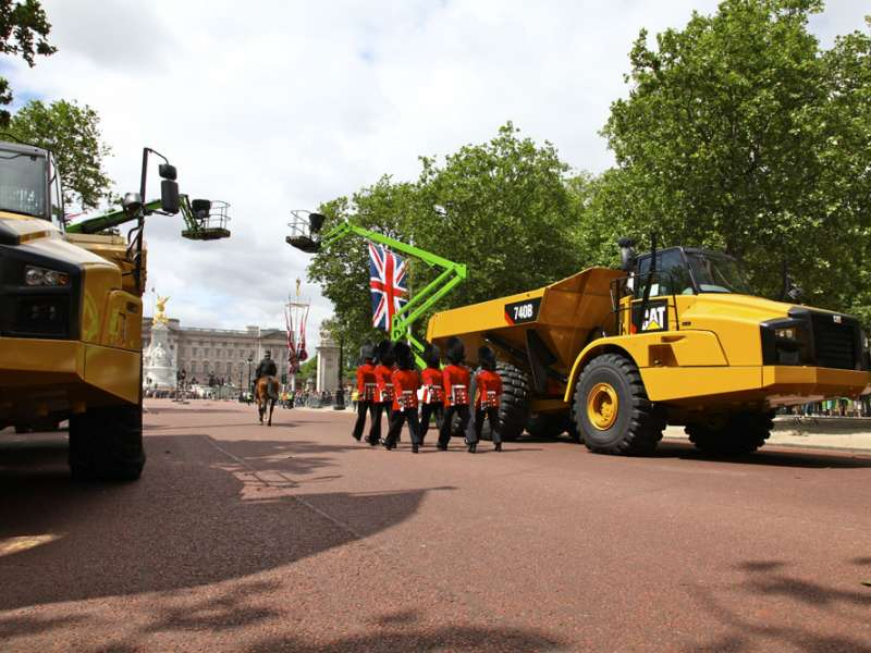Finning ADT on The Mall