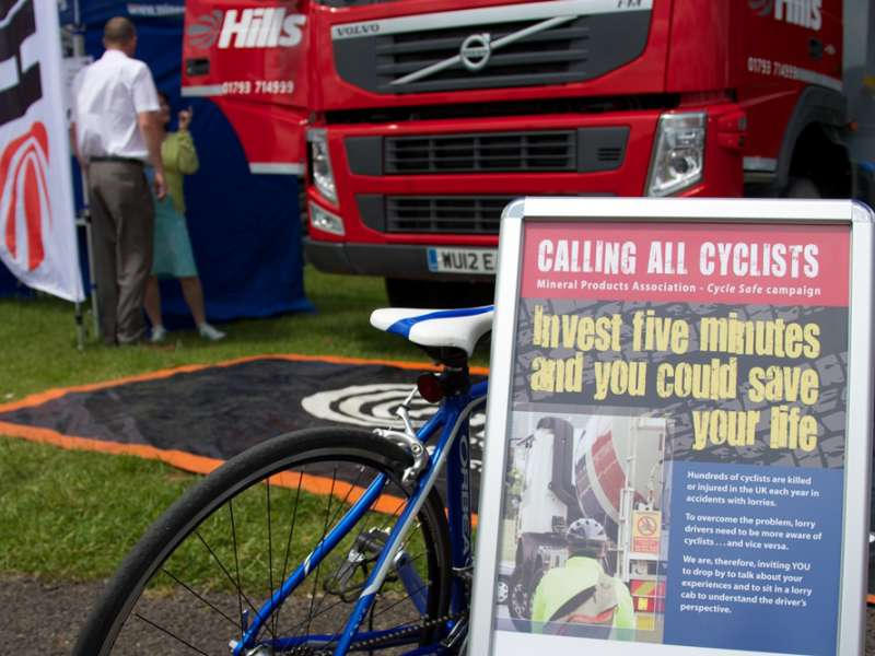 Hills promote safer cycling