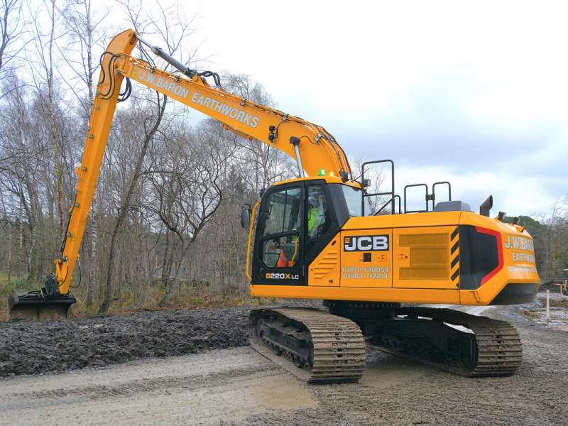 JCB 220X Long Reach excavator