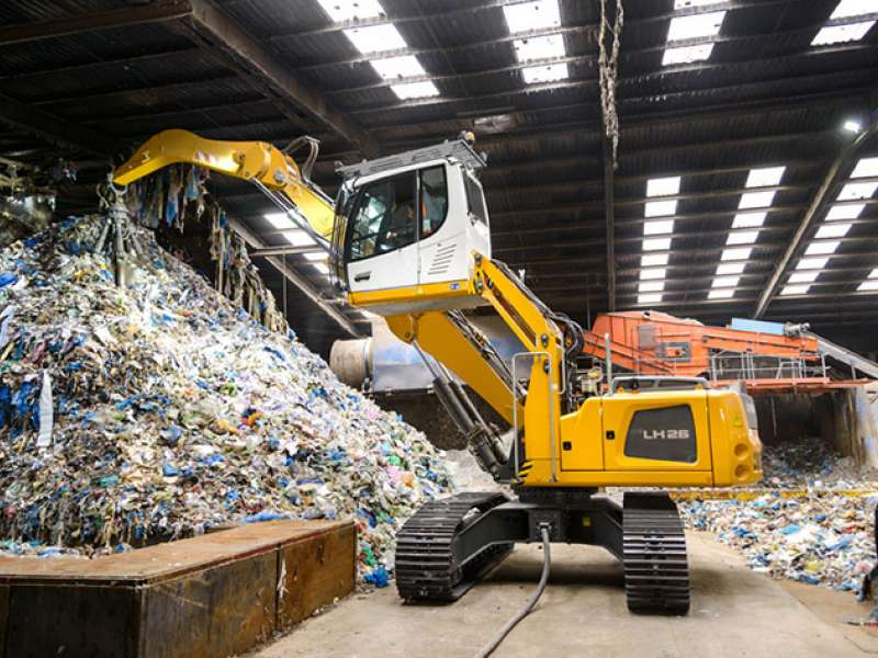 Liebherr electric-drive material handler