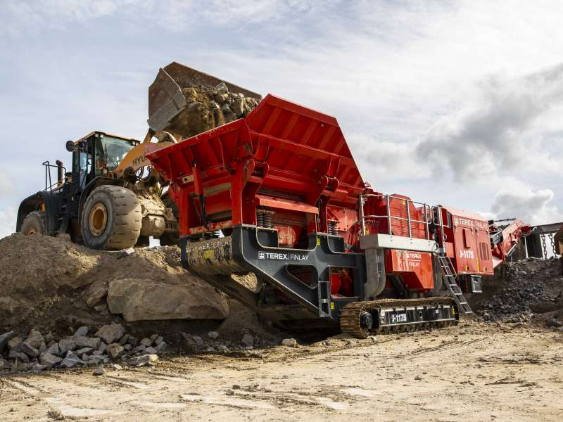 Terex Finlay J-1175 mobile jaw crusher
