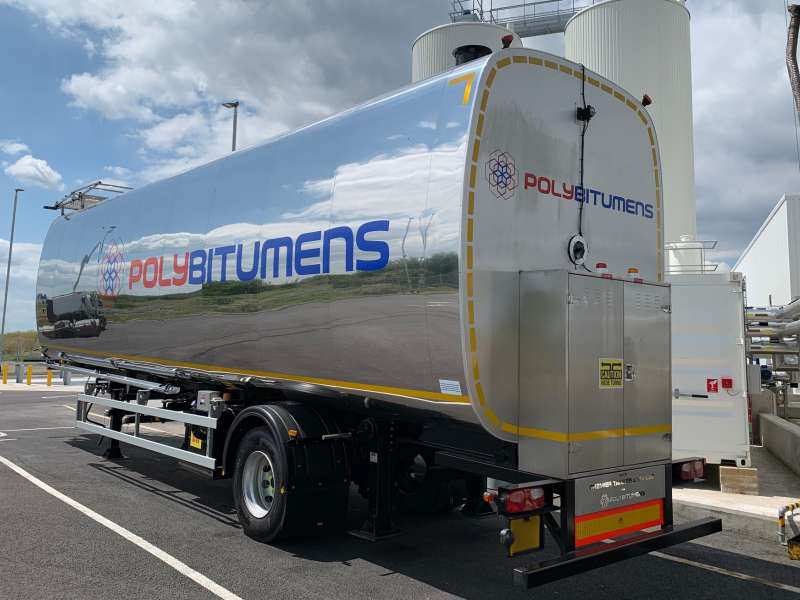 Mobile bitumen storage tank