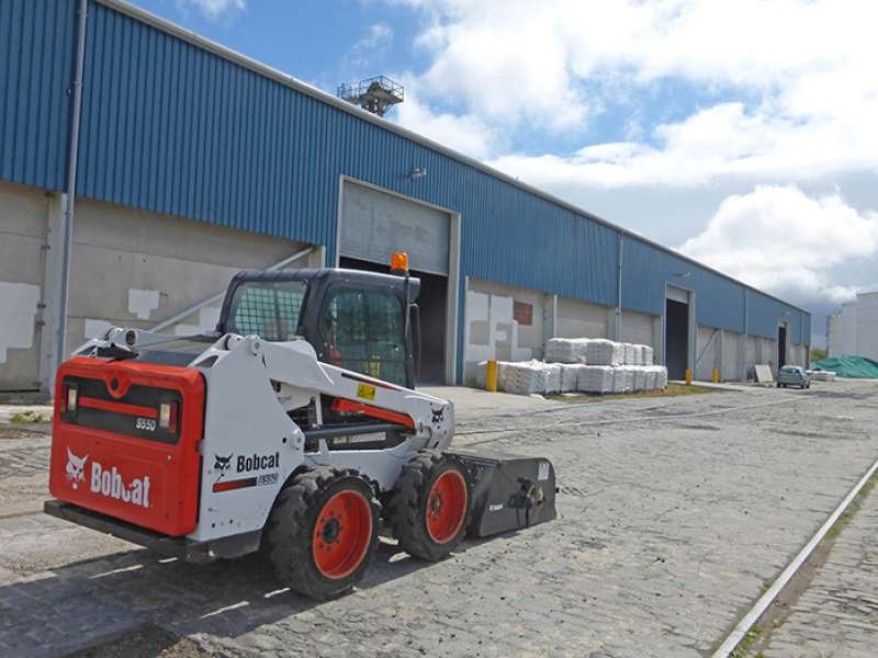 Bobcat S550 skid-steer loader