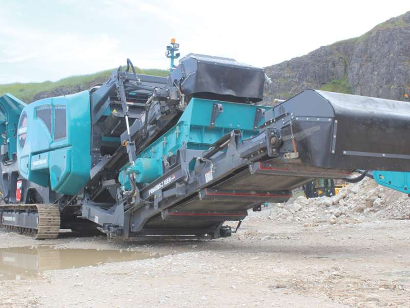 Powerscreen Premiertrak 400 mobile jaw crusher