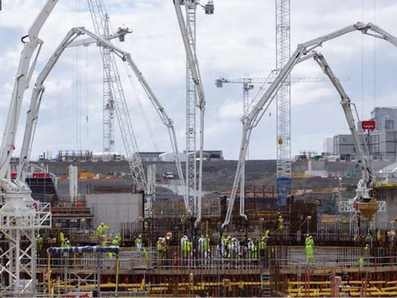Record continuous concrete pour at Hinkley Point C