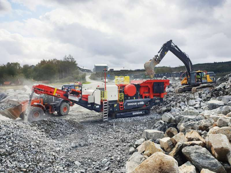 Sandvik UJ4401 jaw crusher
