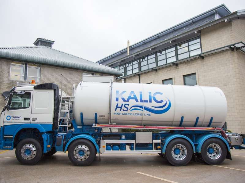 Tarmac's new milk of lime delivery vehicle