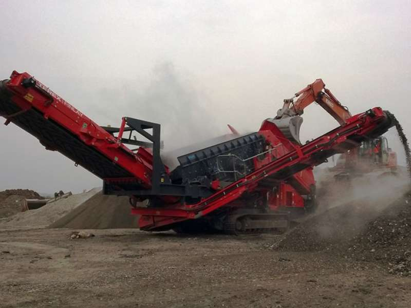 Terex Finlay 883 Spaleck mobile screen