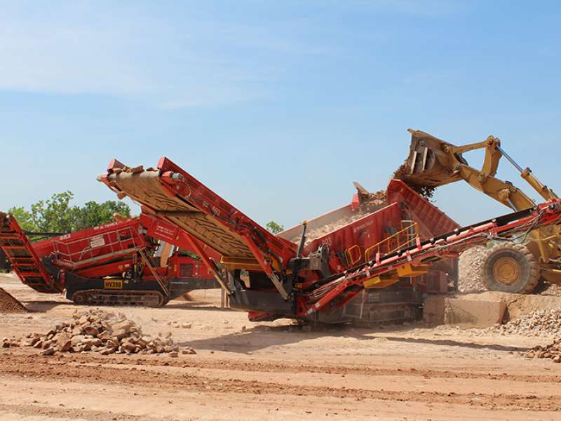 Terex Finlay 893 screener