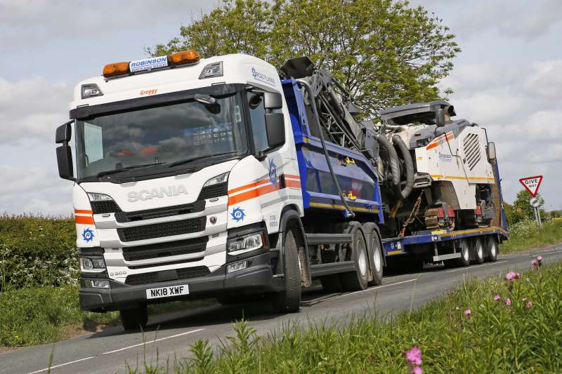 Scania fitted with Loadmaster Lite body