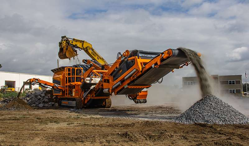 Rockster Recycler R1000 crusher