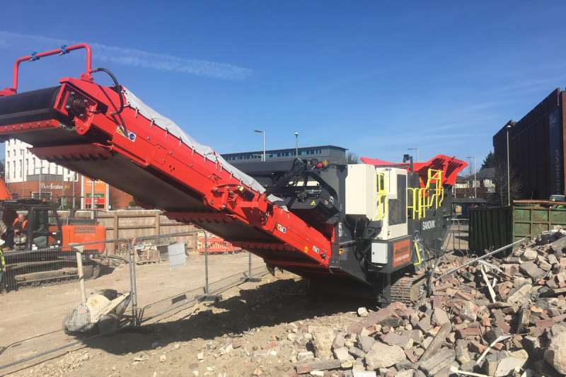 Sandvik QJ341 tracked jaw crusher