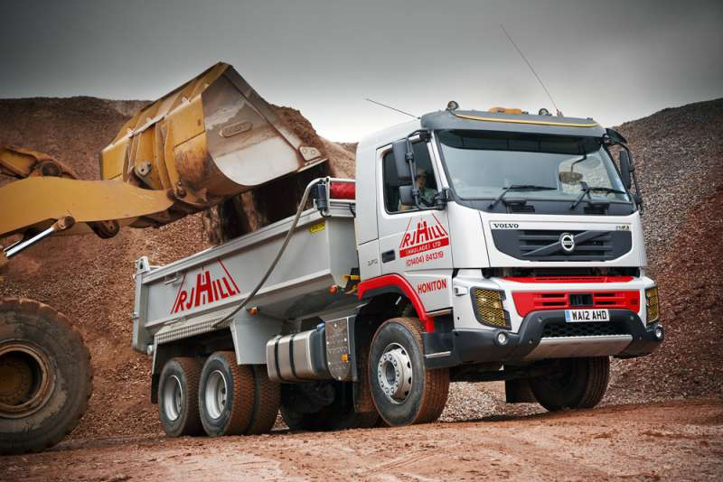 Double debut for Volvo six-wheeler | Agg-Net